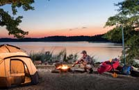 Camping along the lake